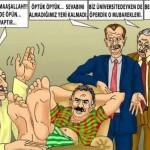 Karikatür – Halk düşmanları halkı katliam edenlerin ayaklarını öpüyor