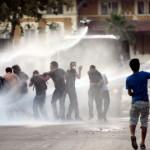 Polisin göstericilere karşı Buhar Bombası kullandığı iddia edildi