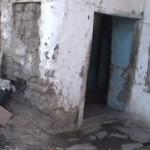Camları olmayan odada kalan 40 günlük bebek zatürreden öldü