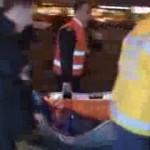 Video – Taksim metrosunda parası olmadığı için metroya alınmayan genç güvenlik tarafından ölesiye dövüldü…