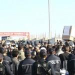 Gebze'de yaklaşık 1000 kamyoncu kontak kapatarak hükümeti protesto etti