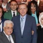 Gazze ve tüm dünya kan ağlarken bunlar neden gülüyor acaba?