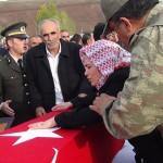 Bingöllü şehit Yunus Yılmaz, Kürtçe ağıtlarla uğurlandı