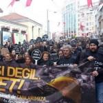 Adalet Arayan İşçi Aileleri Taksim'de yürüdü