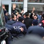 Sivas Demir Çelik Fabrikası işçileri başbakanı protesto etti