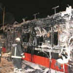 8 ay test edilen trambüs, ilk hizmet gününde yandı!