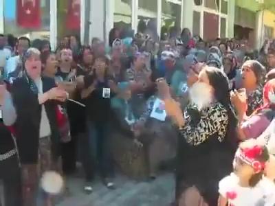 erdogan-oglunu-askere-yolla