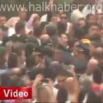 Video – Şehit cenazelerinde protesto eksik olmuyor