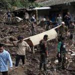 Meksika'da toprak kaymaları 38 can aldı