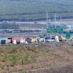 Ağır vasıta sürücüleri Yavuz Sultan Selim Köprüsü'nde eylem yaptı