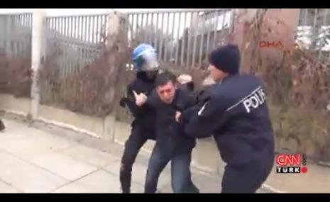 protestocu-polis